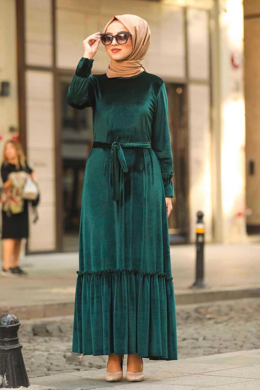 Altı Fırfırlı Yeşil Tesettür Kadife Elbise 50530Y