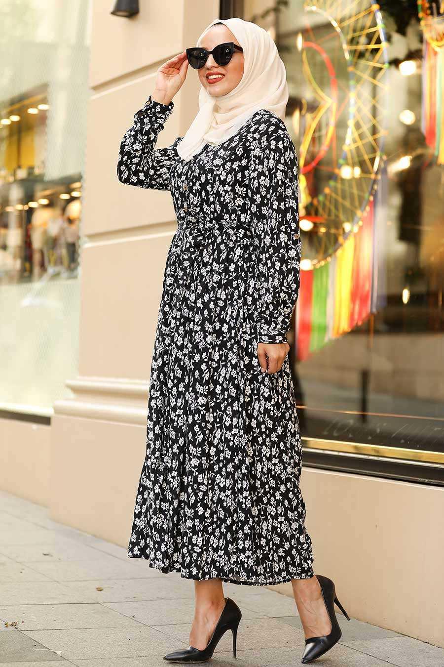 Çiçek Desenli Siyah Tesettür Elbise 4051S