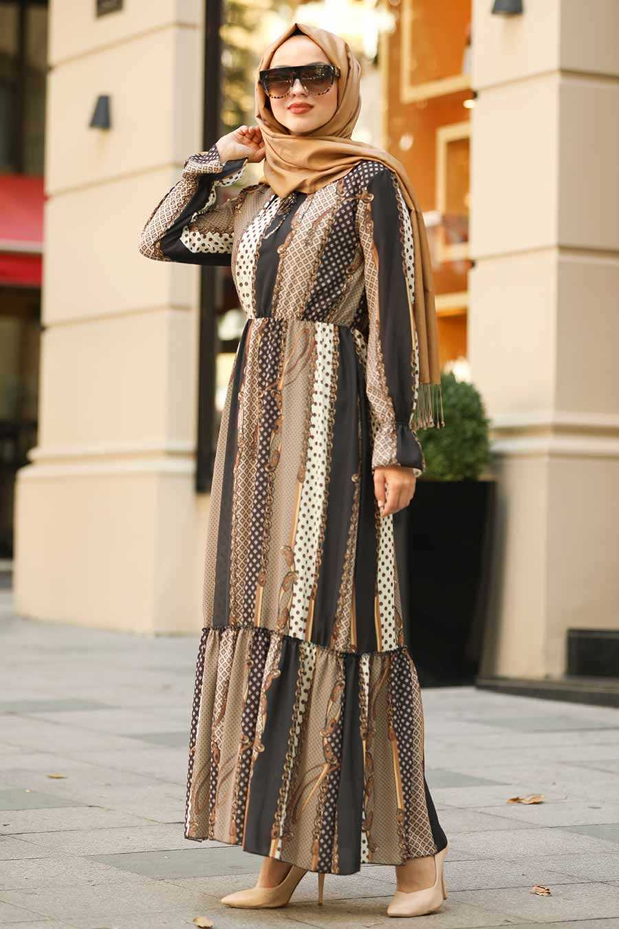Desenli Kahverengi Tesettür Elbise 8026KH