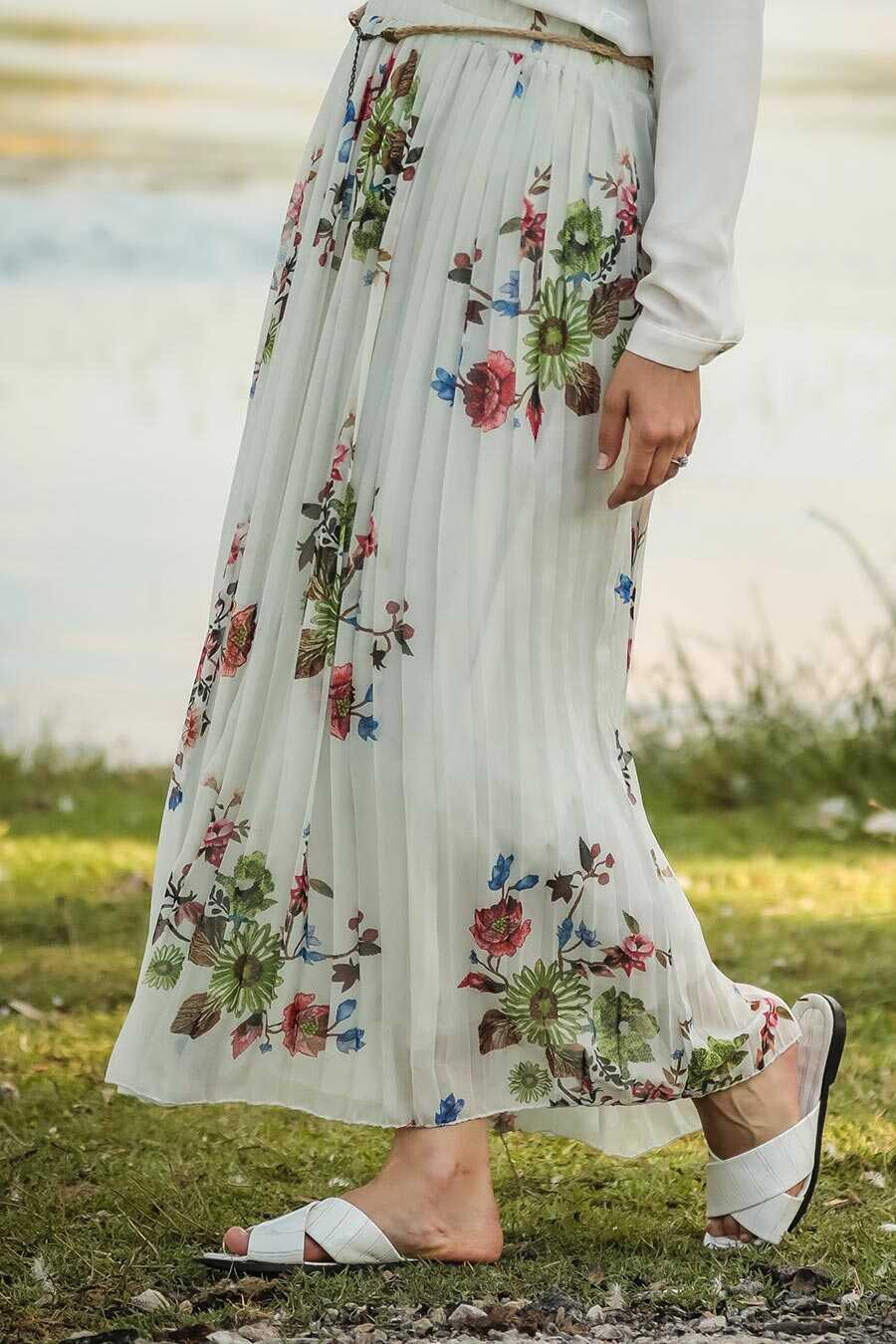 Ecru Hijab Skirt 18190E