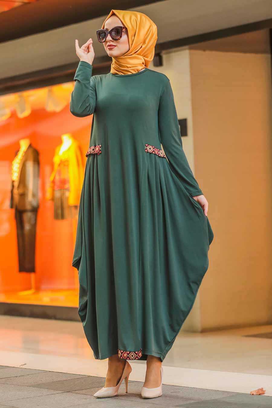 Etnik Desen Detaylı Yeşil Tesettür Elbise 9540Y