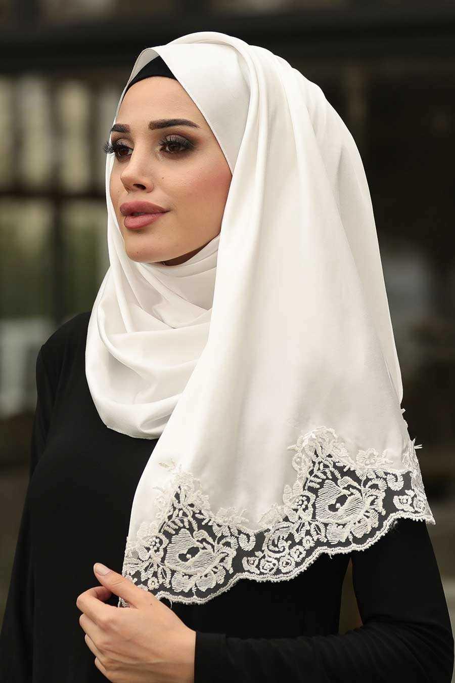 Hijab Lace Shawl 1536