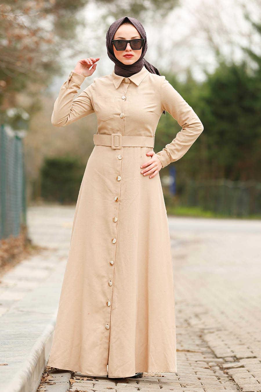 Düğmeli Kemerli Bej Tesettür Elbise 8409BEJ