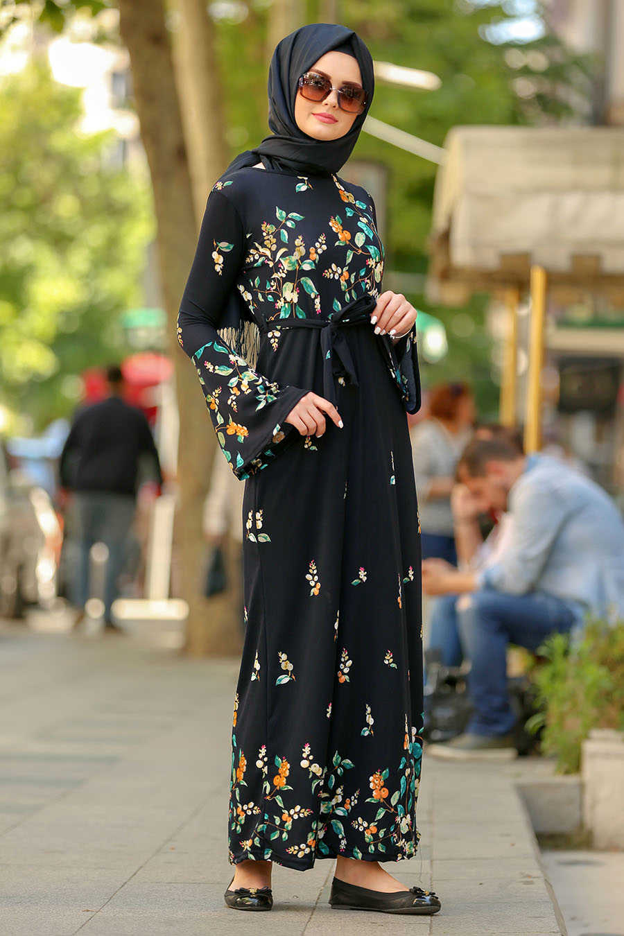 Çiçek Desenli Volan Kol Lacivert Tesettür Elbise 87701L